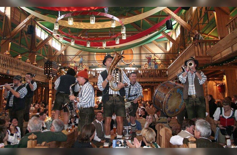 Tendone Weinzelt Oktoberfest Monaco di Baviera